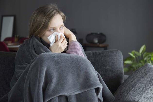 Koronavirüs vücudu böyle ele geçiriyor!