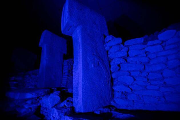 Kültür varlıkları maviye büründü