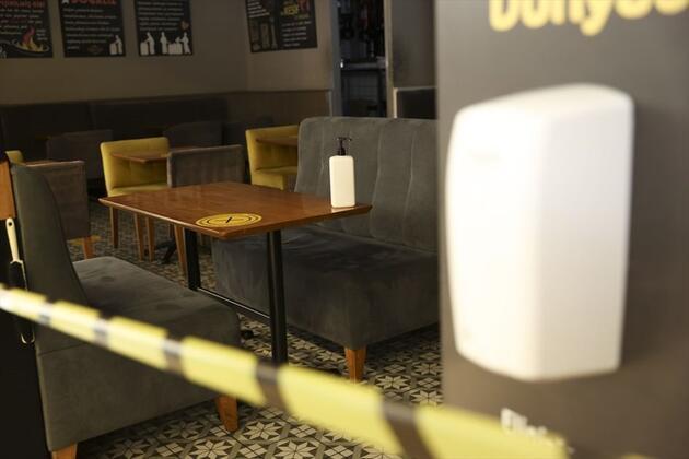 Kafe ve restoranlarda yeni dönem başladı