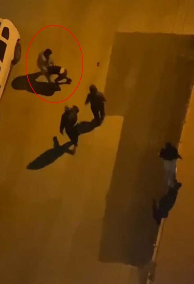Sokak kısıtlamasında, yol ortasında 2 kadını darp edip kaçırmak istedi