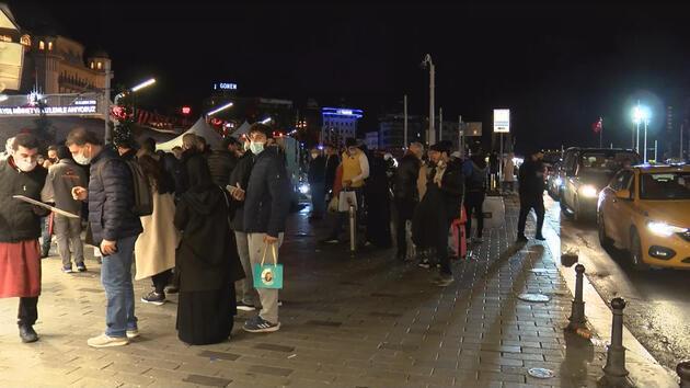 Taksim'de kısıtlama öncesi yoğunluk