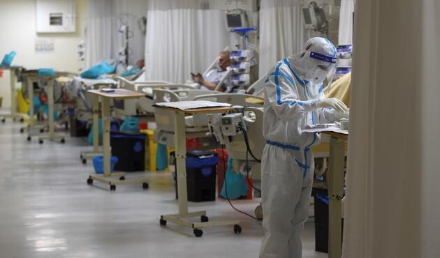 Vaka sayısı 59 milyona yaklaşıyor: İşte koronavirüste anbean yaşananlar