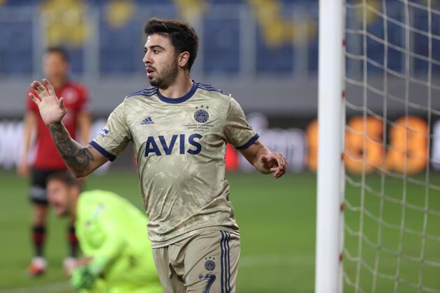 Fenerbahçe transfer haberleri: Ozan Tufan: Anlaştım, uçak biletleri bile alındı!
