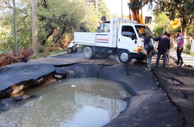 Kamyonet patlayan asfalta düştü