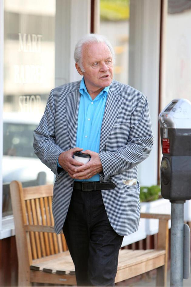Anthony Hopkins'ten esprili karantina paylaşımı