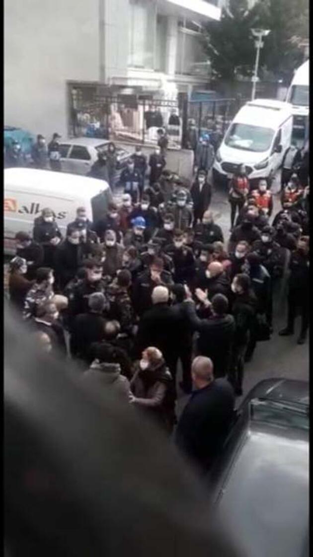 """Riskli binalarda oturanlara belediye """"Boşaltın"""" dedi olaylar çıktı"""
