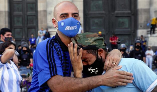 Maradona'nın cenaze töreninde ortalık karıştı