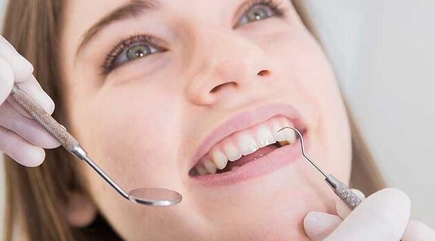 Koronavirüs ani ve acısız diş kaybına neden olabilir