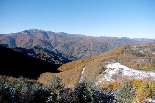 Burada sonbahar ve kış aynı anda yaşanıyor! Salgın döneminde kaçış noktası oldu