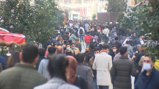 İstiklal Caddesi'nde yine aynı manzara