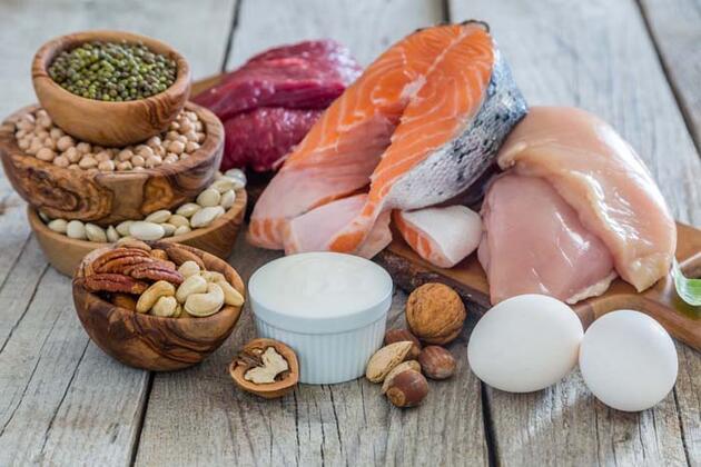 Koronavirüs hastalarına güç veren besinler! Peki nelerden uzak durulması gerekiyor?