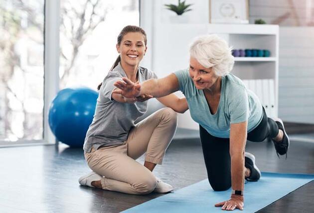 65 yaş ve üstü pandemi döneminde nasıl aktiviteler yapmalı?