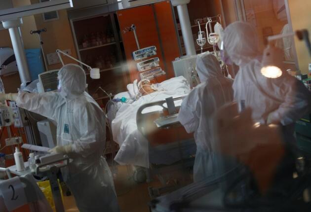 DSÖ'den ürküten açıklama: Haftada 4 milyon insan koronavirüse yakalanıyor