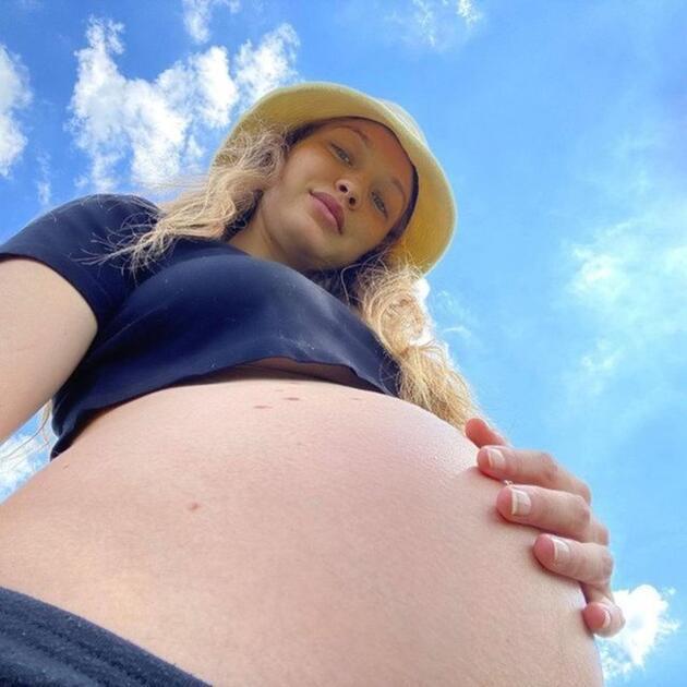 Gigi Hadid ilk kez paylaştı: Kızımızı beklerken