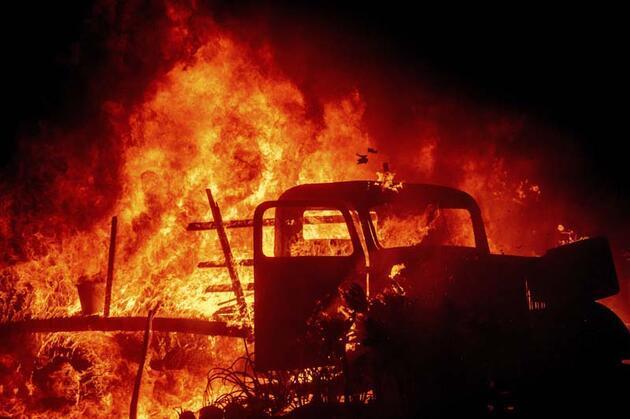 ABD'de cehennem! Günlerdir yanıyor...