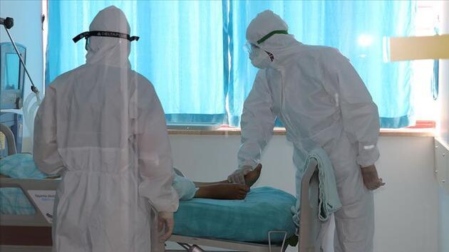"""Uzmanından """"Kovid-19'u yenen kronik hastalar rehavete kapılmasın"""" uyarısı"""