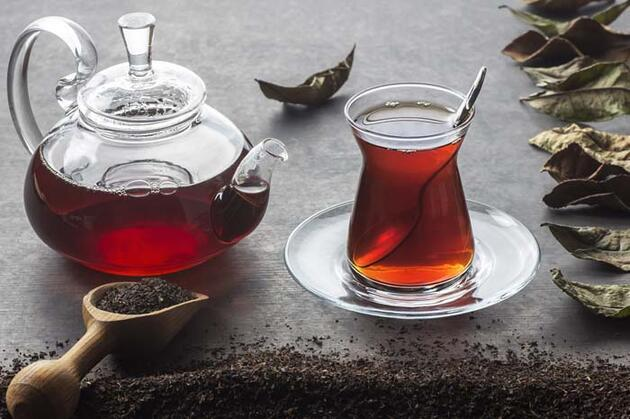 'Çay şekerli mi içilir, şekersiz mi?' tartışmasına Erzurum'dan yöresel cevap!