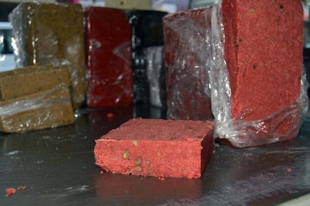 İki asırdır geleneksel yöntemlerle üretiliyor! Kış aylarının şifa kaynağı