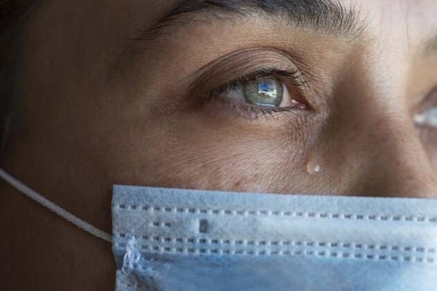 Koronavirüs gözleri de vurdu! Uzmanlardan '20-20-20' tavsiyesi