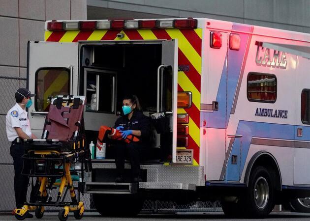 ABD'de COVID-19'da ölüm rekoru: Dakikada 3 kişi hayatını kaybediyor