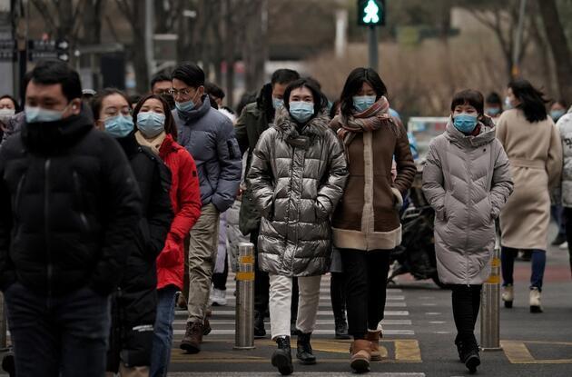 Çin'de korkulan oldu: 8 ay sonra koronavirüsten ilk can kaybı, en yüksek vaka sayısı!