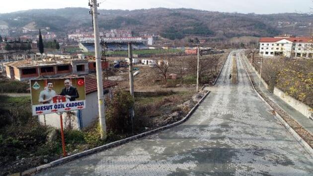 Mesut Özil memleketi Devrek'e spor kompleksi yaptırıyor