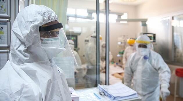 Korona salgını etkisini sürdürüyor! Vaka sayıları artmaya devam ediyor