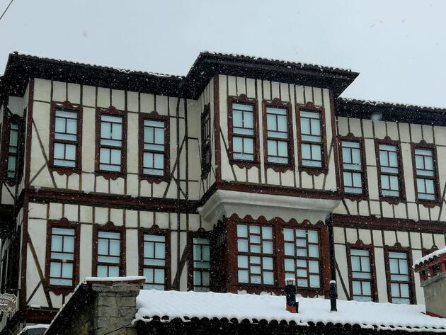 Osmanlı kenti Safranbolu'dan eşsiz 'kar' manzaraları