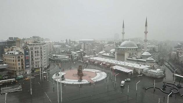 İstanbul'dan kar manzaraları gelmeye devam ediyor