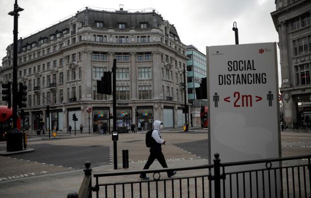 İngiltere'de aşı endişesi: Süreç pürüzlü ilerliyor, tedarik umut edilen kadar iyi değil