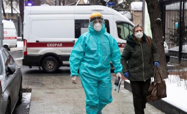 Rus bilim insanı duyurdu: Koronavirüs riskini 250 kat artırıyor