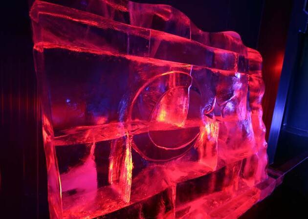 'Türkiye'nin tek buz müzesi' ziyaretçilerini adeta kutuplarda gezintiye çıkarıyor