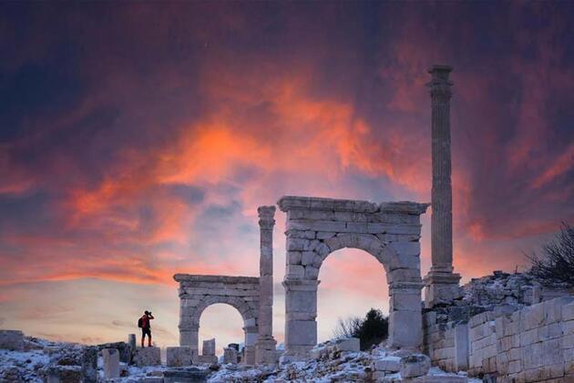 Karla kaplı Sagalassos'un havadan görüntüsü hayran bıraktı