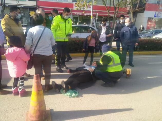 Karşıya geçmek isteyen kadına araba çarptı