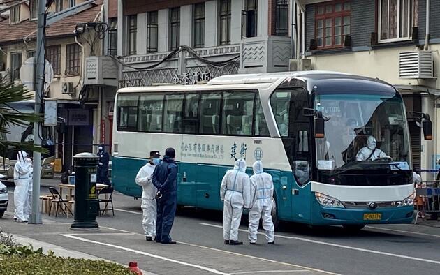 Çin'de yeniden alarm: Ekipler bölgeyi kordon altına aldı, iki hastane ve çevresi karantinada