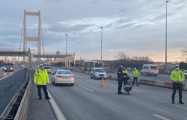 15 Temmuz Şehitler Köprüsü'nde denetimler devam ediyor