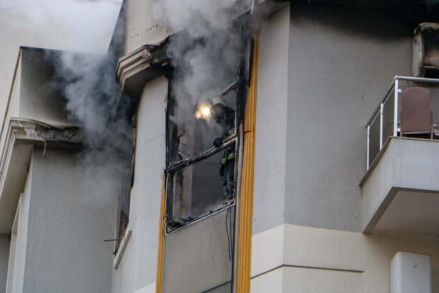 Kapıya 'Allah belanızı versin' yazılı not bırakıp evi yaktı