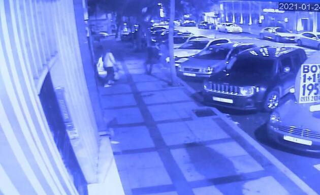 Beşiktaş'ta dehşet dolu dakikalar; kağıt toplayıcısı 3 kişiyi bıçakladı