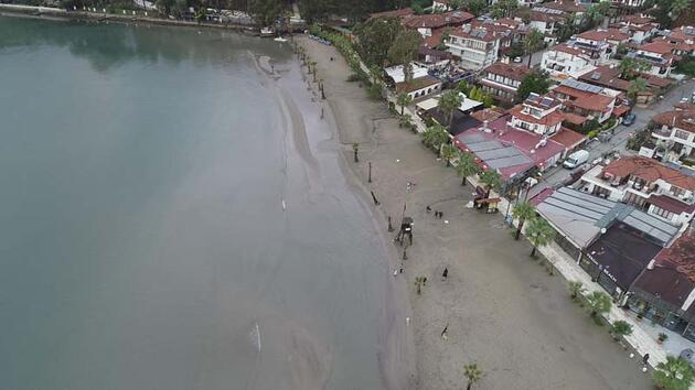 Akyaka'da deniz çekilmesi deprem habercisi mi?