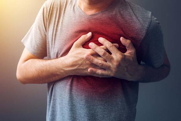 Eforla başlayan, dinlenmeyle geçen göğüs ağrısına dikkat
