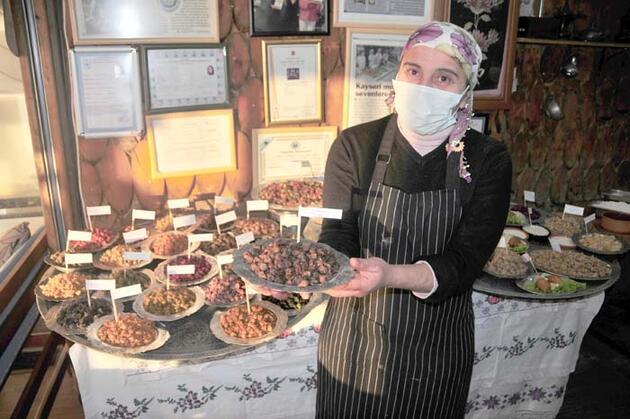 İzmir'li bir işletmeci yaptı! İki farklı lezzetin muhteşem buluşması! Yoğun ilgi var