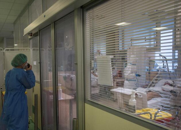 Bilim insanları 'en riskli' koronavirüs senaryosunu açıkladı