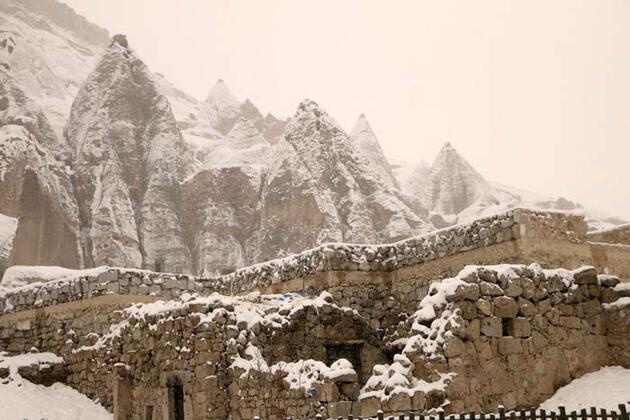 Kışın tüm güzelliklerini yansıtıyor! 'Masalsı bir diyara geldik'