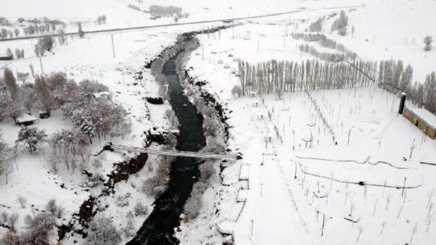 Erciş'in eşsiz kar manzarası havadan görüntülendi
