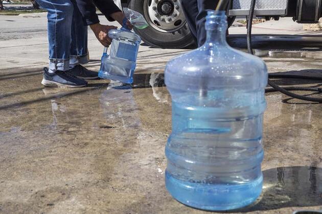 Bu fotoğraflar ABD'den: 14.9 milyon kişi temiz suya erişemiyor