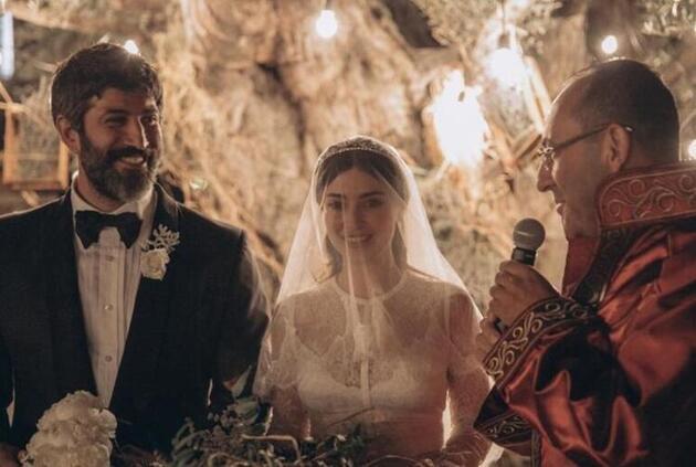 2 yıl önce evlenmişlerdi! Melike İpek Yalova ile Altuğ Gültan arasında ipler koptu