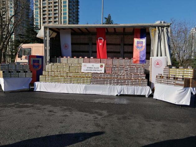 Başakşehir'de kaçak puro operasyonu kamerada: 8 milyonluk puro ele geçirildi