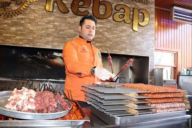 Sabah 'beyran', öğleden sonra 'kebap' siparişi yağıyor