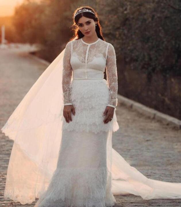 Melike İpek Yalova ile Altuğ Gültan boşanacağı öne sürüldü