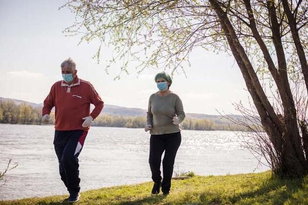 Uzmanı önerdi: Akciğerlerin 'tuvalet temizliği' için günde 10 bin adım